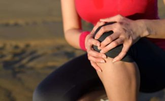 burning knee pain runner