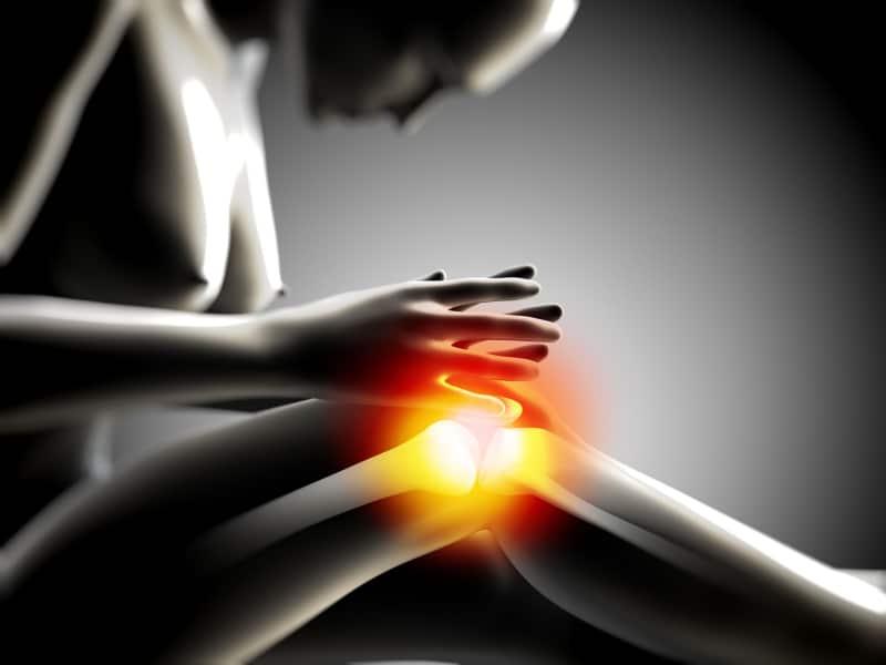 can't straighten knee