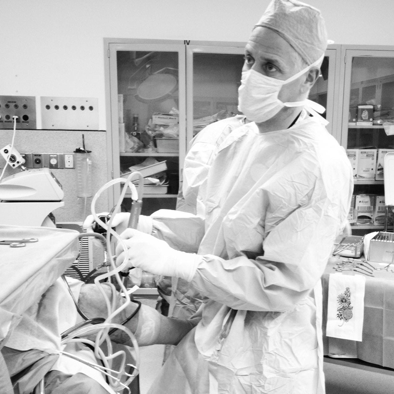 Howard Luks MD Hawthorne NY Knee Surgery
